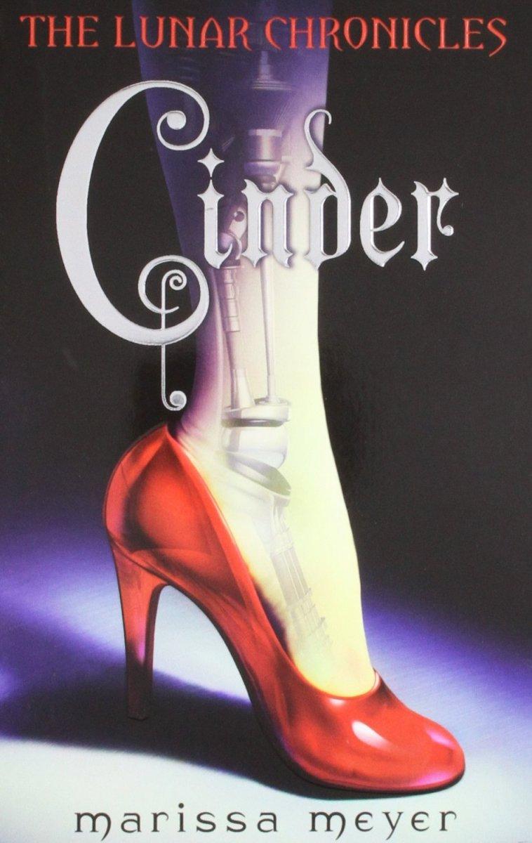 Cinder by Marissa Meyer Review